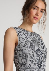 Lace & Beads - PAULA MAXI - Iltapuku - light grey - 5