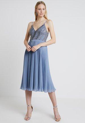 SAMANTHA DRESS - Koktejlové šaty/ šaty na párty - blue