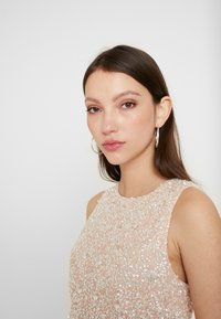 Lace & Beads - PICASSO LAYERED - Společenské šaty - nude - 4