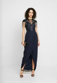 Lace & Beads - SAVANNA WRAP MAXI - Společenské šaty - navy - 2