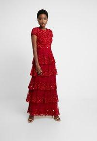 Lace & Beads - MULAN LISHKY CAP SLEEVE MAXI - Iltapuku - red - 0