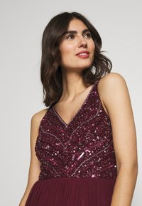 Lace & Beads - BROOKLYN MAXI - Vestido de fiesta - burgundy