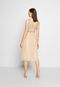 Lace & Beads - MELANIE DRESS - Juhlamekko - cream - 2
