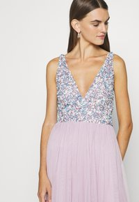 Lace & Beads - AYDEN - Occasion wear - lilac - 4
