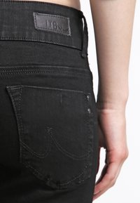 LTB - MOLLY - Slim fit jeans - black - 4