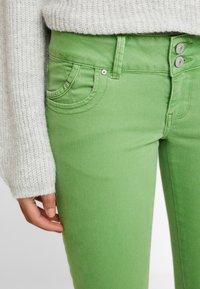 LTB - MOLLY - Jeans Skinny Fit - fluorite green - 3