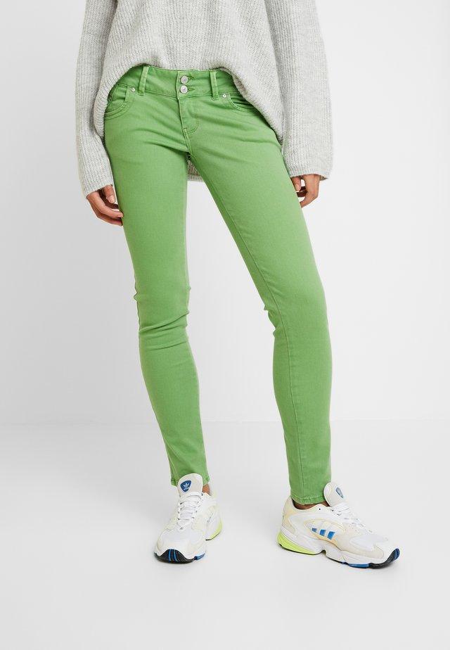 MOLLY - Jeans Skinny Fit - fluorite green