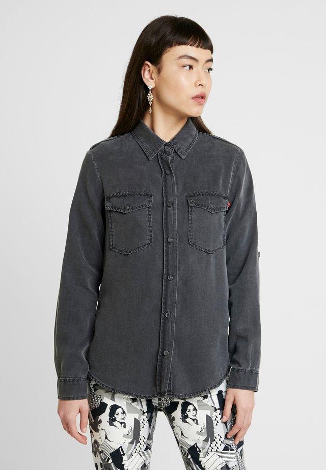 SIMELE - Button-down blouse - izzy wash