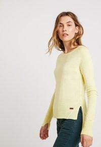 LTB - HOGIKES - Pullover - light lemon - 3
