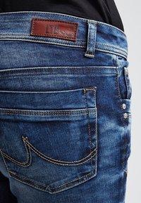 LTB - VALERIE - Jeans bootcut - blue lapis wash - 5