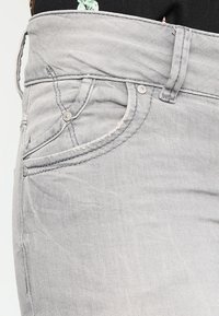 LTB - MOLLY - Slim fit jeans - dia wash - 4