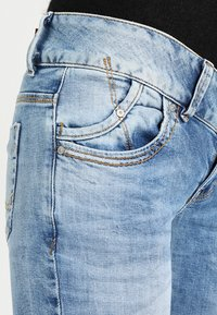 LTB - MOLLY - Slim fit jeans - stone blue Denim - 4
