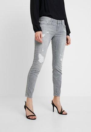 MINA - Jeans Skinny Fit - grey denim
