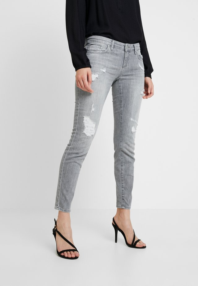 MINA - Jeans Skinny Fit - grey denim