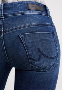 LTB - MOLLY - Jeans slim fit - alles wash - 5