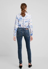 LTB - MOLLY - Slim fit jeans - nome wash - 2