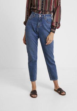 LAVINA - Slim fit jeans - saad wash