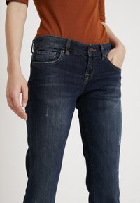 LTB - ROXY - Flared Jeans - oxford wash - 4