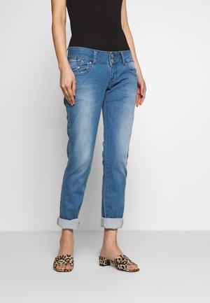 MOLLY - Slim fit jeans - ovya wash