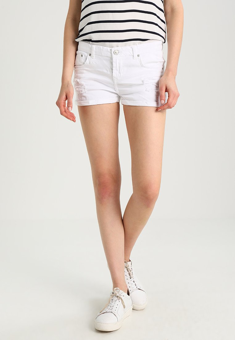 LTB - JUDIE - Denim shorts - white daisy wash