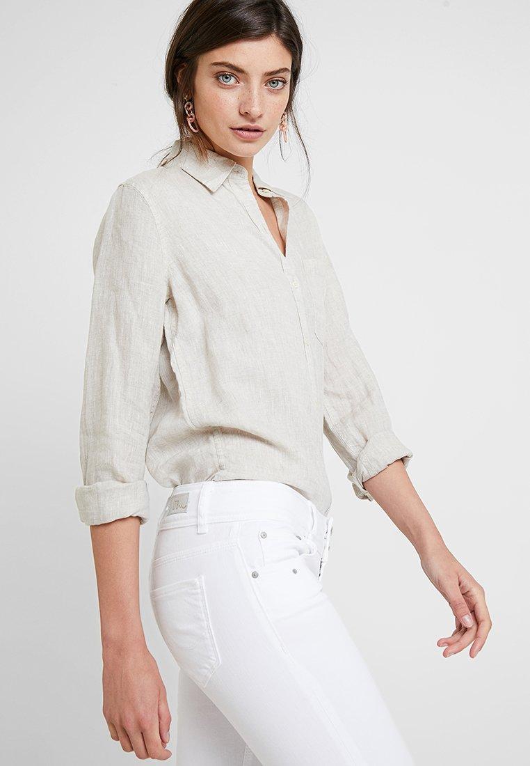 LTB GEORGET CYCLE - Szorty jeansowe - white