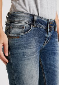 LTB - GEORGET CYCLE - Shorts di jeans - blue denim - 3