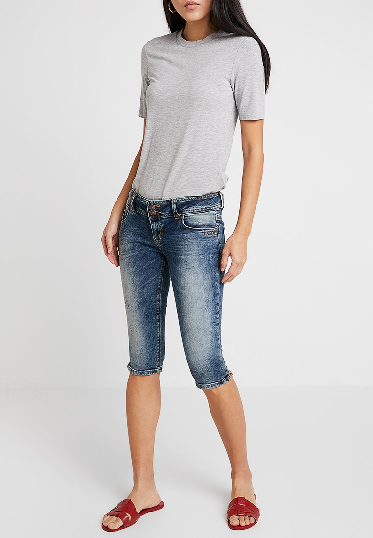 LTB - GEORGET CYCLE - Jeans Shorts - blue denim