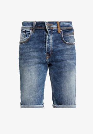 CORVIN - Short en jean - aleves wash