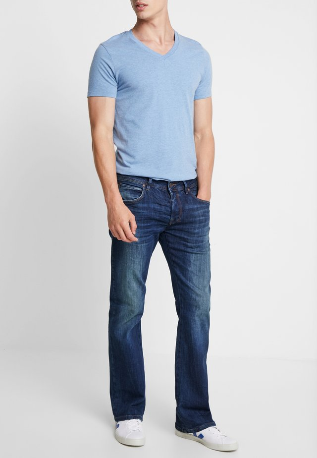 RODEN - Jeansy Bootcut - julius wash