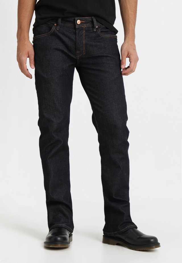 RODEN - Jeans Bootcut - waterless wash