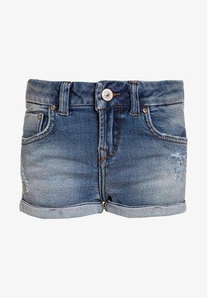 JUDIE  - Denim shorts - ansel wash