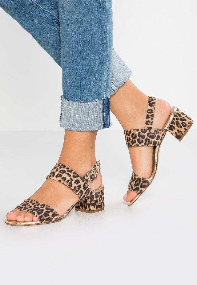 TAZZE - Sandals - camel