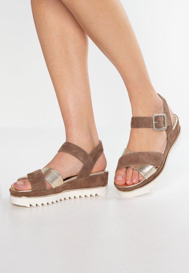 TRESPE - Korkeakorkoiset sandaalit - arcero platino