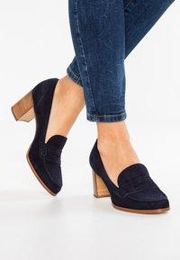 Luca Grossi - Classic heels - blue - 0