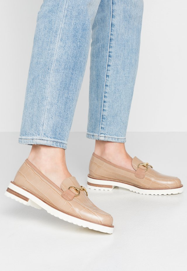 CABBEL - Slip-ons - indro
