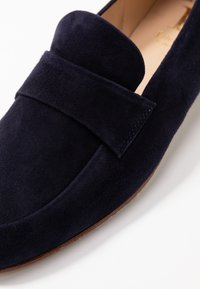 Luca Grossi - Slippers - dark blue - 6