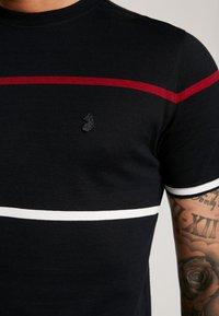 Luke 1977 - ACOURT - T-shirt med print - jet black - 5