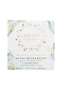 Lumene - NORDIC RITUALS [HARMONIA] NUTRI-RECHARGING SKIN SAVIOUR BALM 30ML - Face cream - - - 1