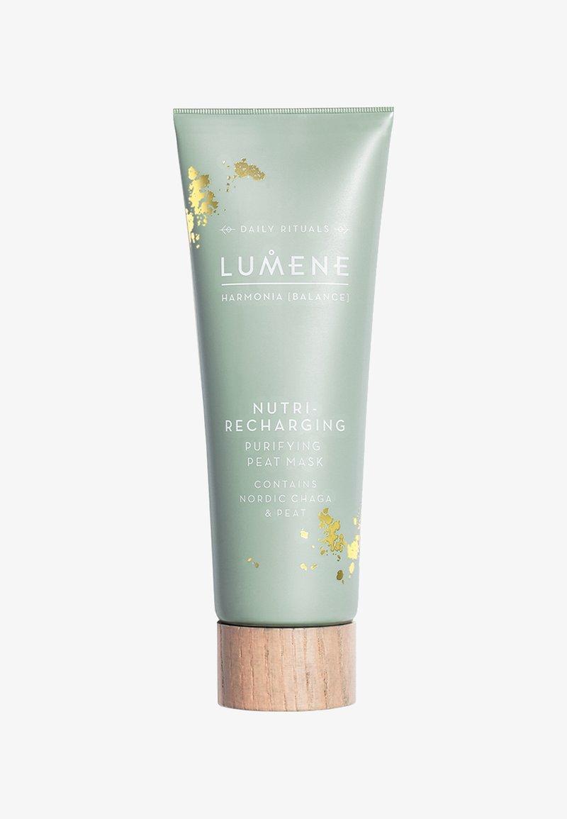 Lumene - NORDIC RITUALS [HARMONIA] NUTRI-RECHARGING PURIFYING PEAT MASK 75ML - Face mask - -