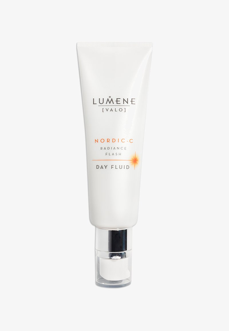 Lumene - NORDIC-C [VALO] RADIANCE FLASH DAY FLUID 50ML - Face cream - -