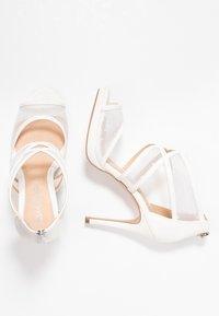 Lulipa London - DESTINY - Sandály na vysokém podpatku - white - 3