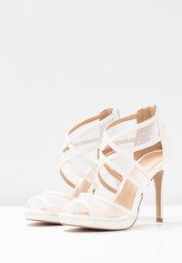 Lulipa London - DESTINY - Sandály na vysokém podpatku - white - 4