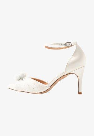 DELORES - Classic heels - white