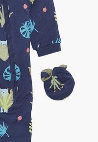 Lucy & Sam - SPOT THE LEOPARD JUNGLE BABY - Jumpsuit - dark blue - 5