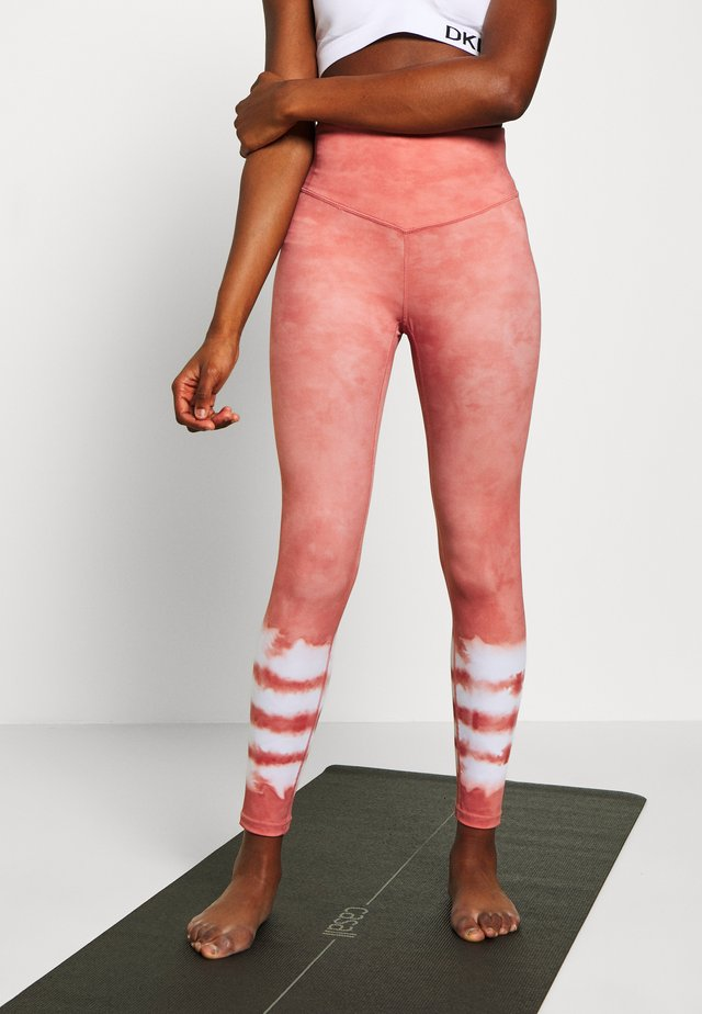 DRIFT AWAY LEGGING - Tights - rust