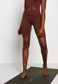 L'urv - VIRTUE SEAMLESS BIKE SHORT - Legging - rust - 0