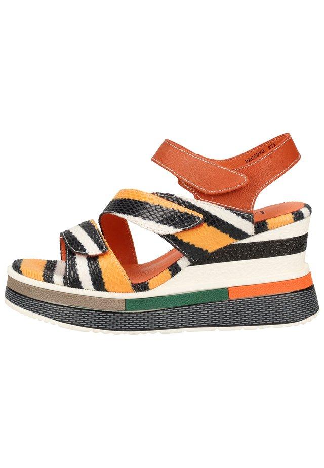 LAURA VITA SANDALEN - High Heel Sandalette - orange