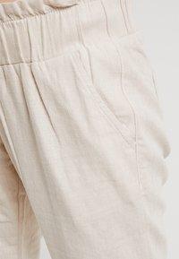 LOVE2WAIT - LOOSE PANT - Pantalones - clay - 4