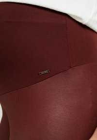 LOVE2WAIT - SHINNY - Legging - bordeaux - 4