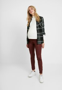 LOVE2WAIT - SHINNY - Legging - bordeaux - 1